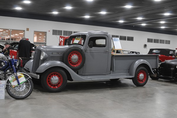 2016 Detroit Autorama Vehicles (119)