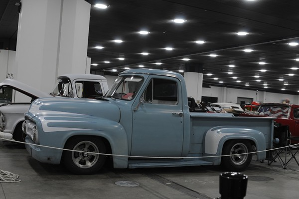 2016 Detroit Autorama Vehicles (128)
