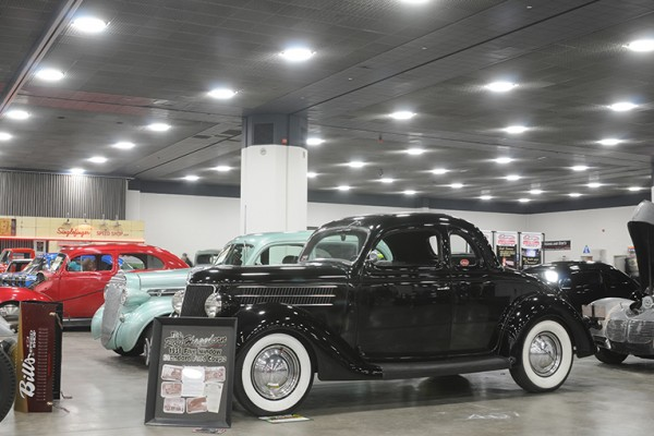 2016 Detroit Autorama Vehicles (154)