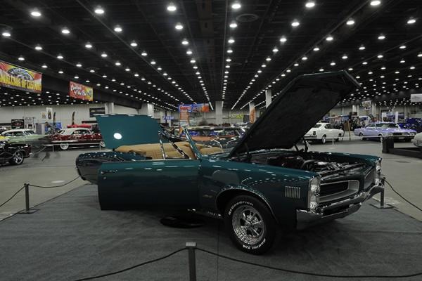 2016 Detroit Autorama Vehicles (663)