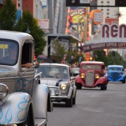 Video: Hot August Nights Downtown Reno Cruise