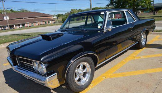 Lot Shots Find of the Week: 1964 Pontiac LeMans