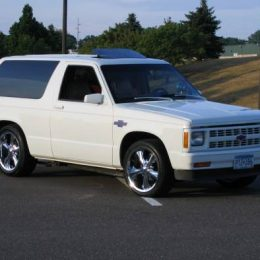 Monday Mailbag: Converting a V6 S-10 Blazer to a Small Block Chevy