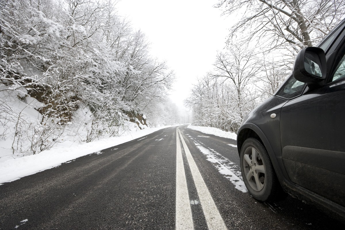 Winter Driving Tips: 7 Tips for Safe Driving on Snow or