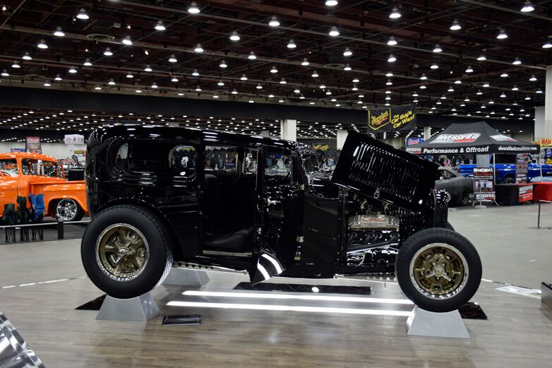 1932 Ford Sedan Poteet