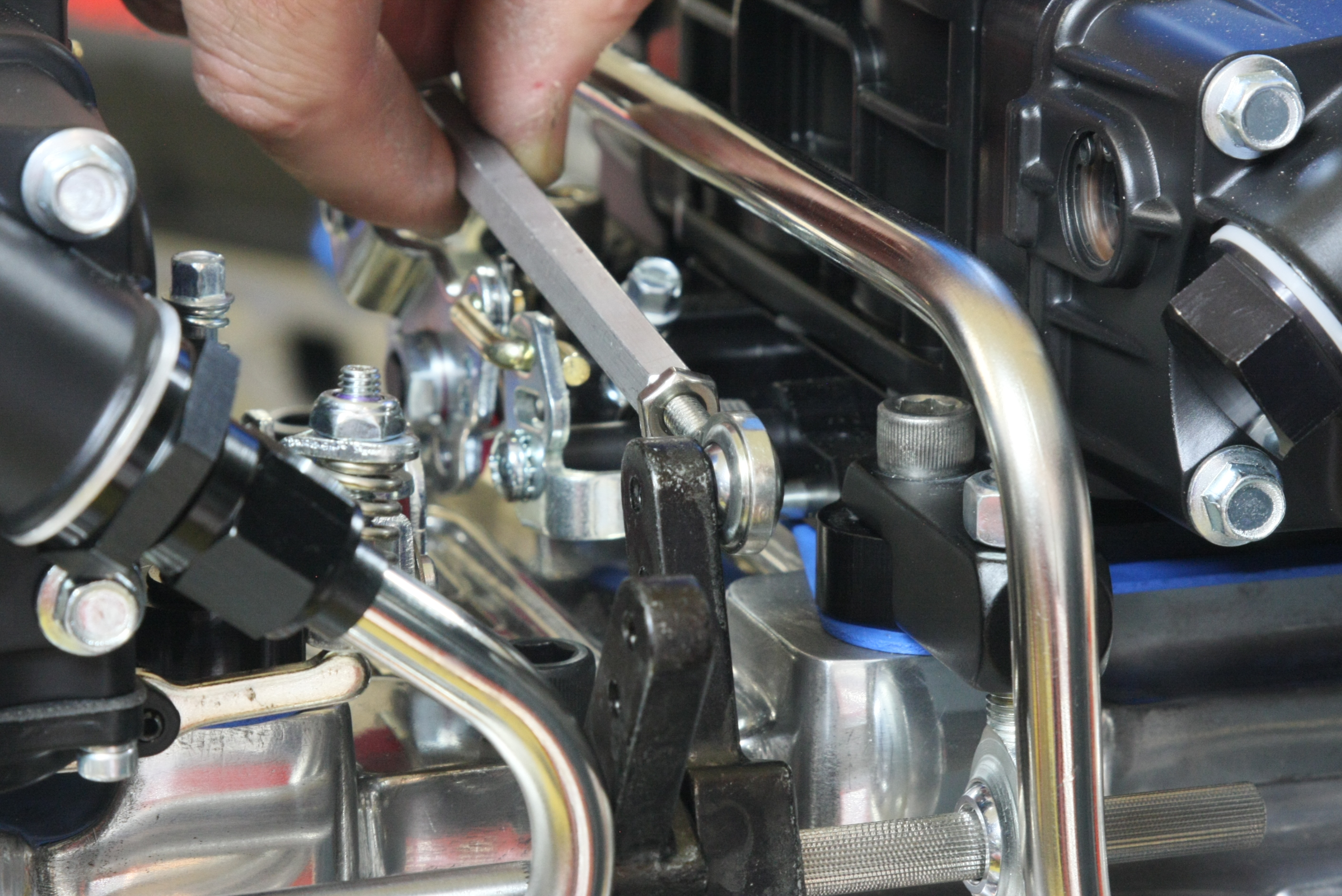 How To Set Up Dual Carburetor Linkage  With Images