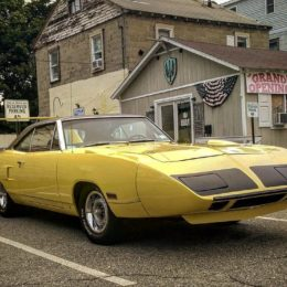 1970 Plymouth Superbird, Yellow