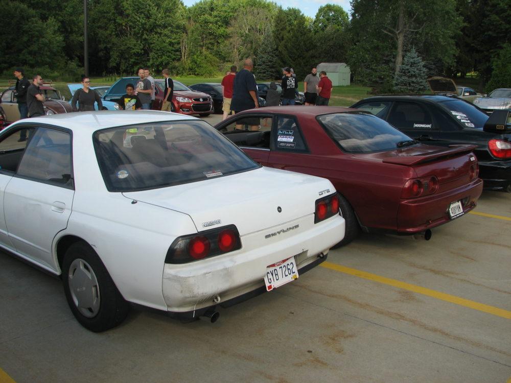 Nissan Skylines, Pair