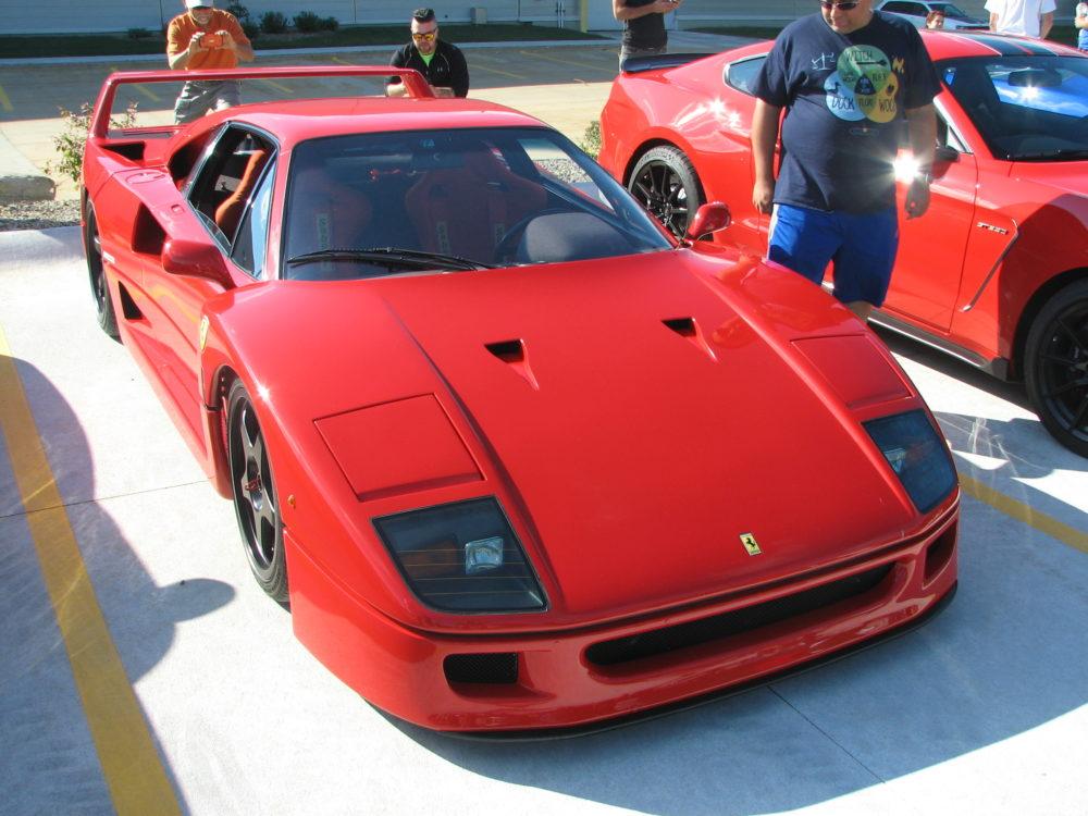 Ferrarri F40, Left, Red