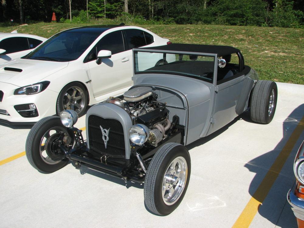 Ford Hot Rod, Grey