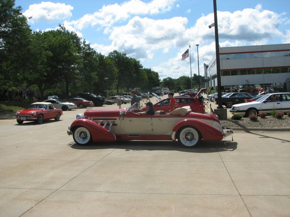 Auburn Speedster, Side View