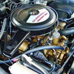 Olds Rocket 350 engine