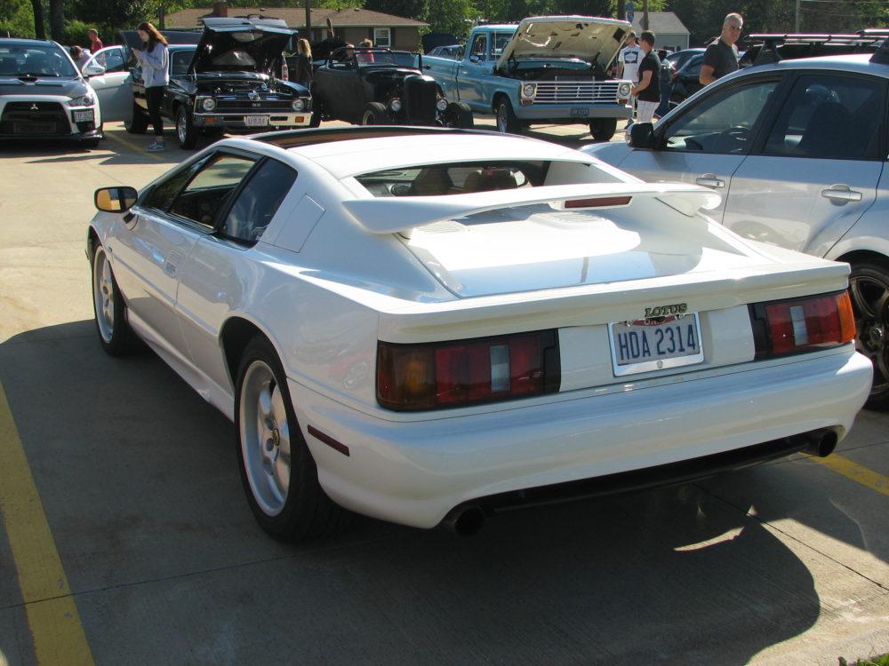 1994 Lotus Esprit S4, Side