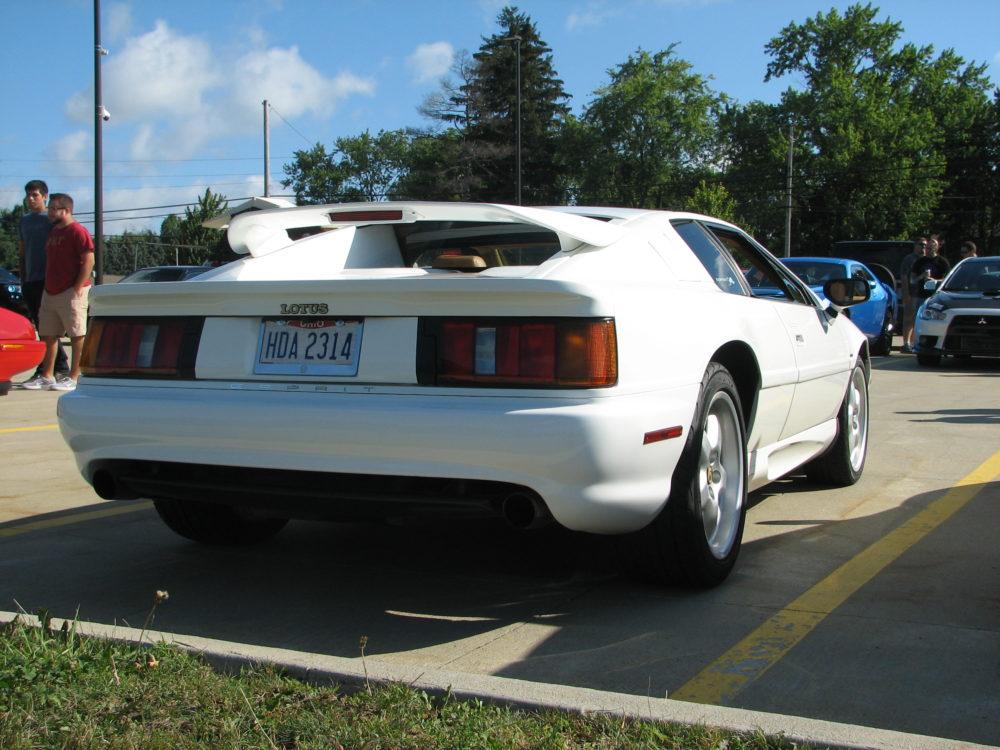 1994 Lotus Esprit S4, Rear