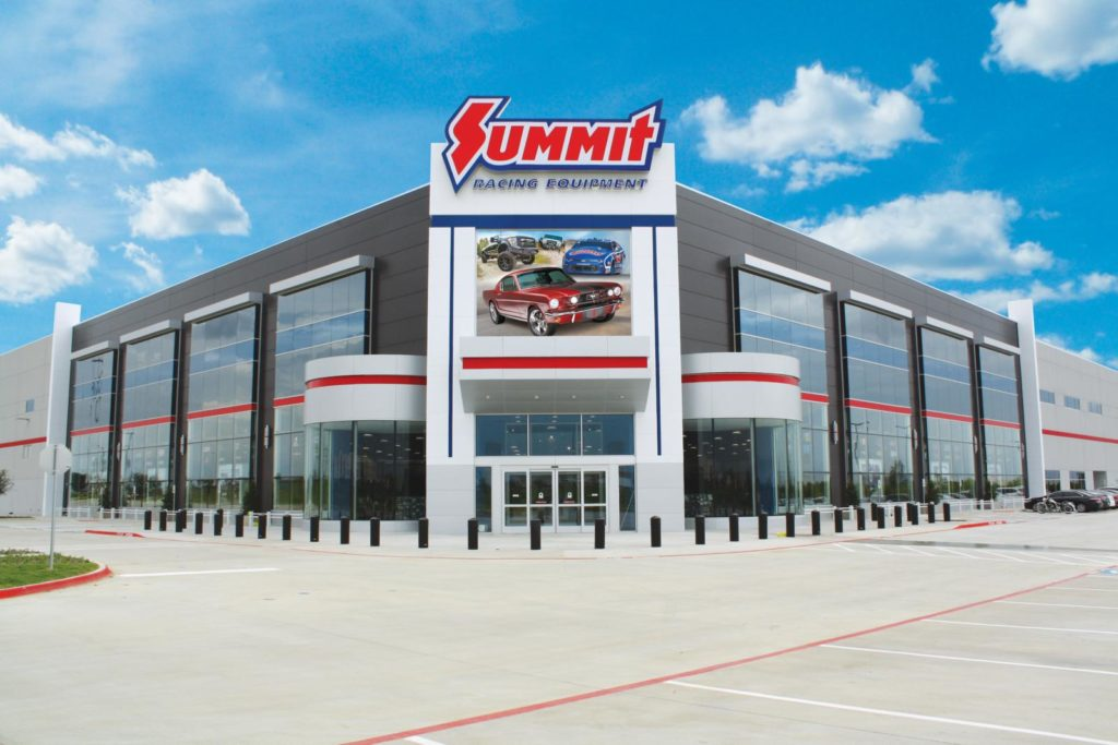 Summit Racing's New Texas Retail Super Store