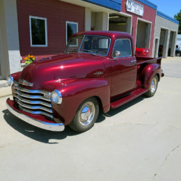 This 1953 Chevy 3100 sports a set of Hagan Necessities Fatties Mirrors.  (Image/67-72ChevyTrucks.com)