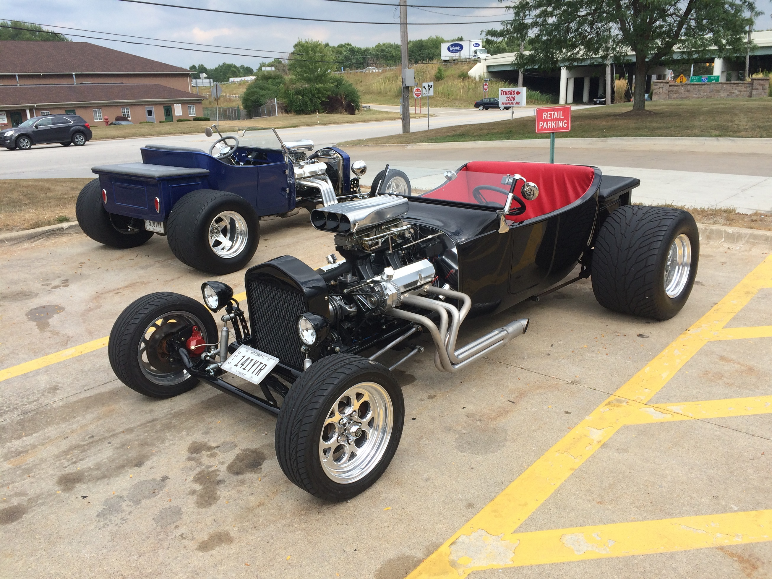 Lot Shots A Pair Of Ford T Bucket Hot Rods Onallcylinders