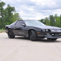 1987 Chevy Camaro IROC-Z black