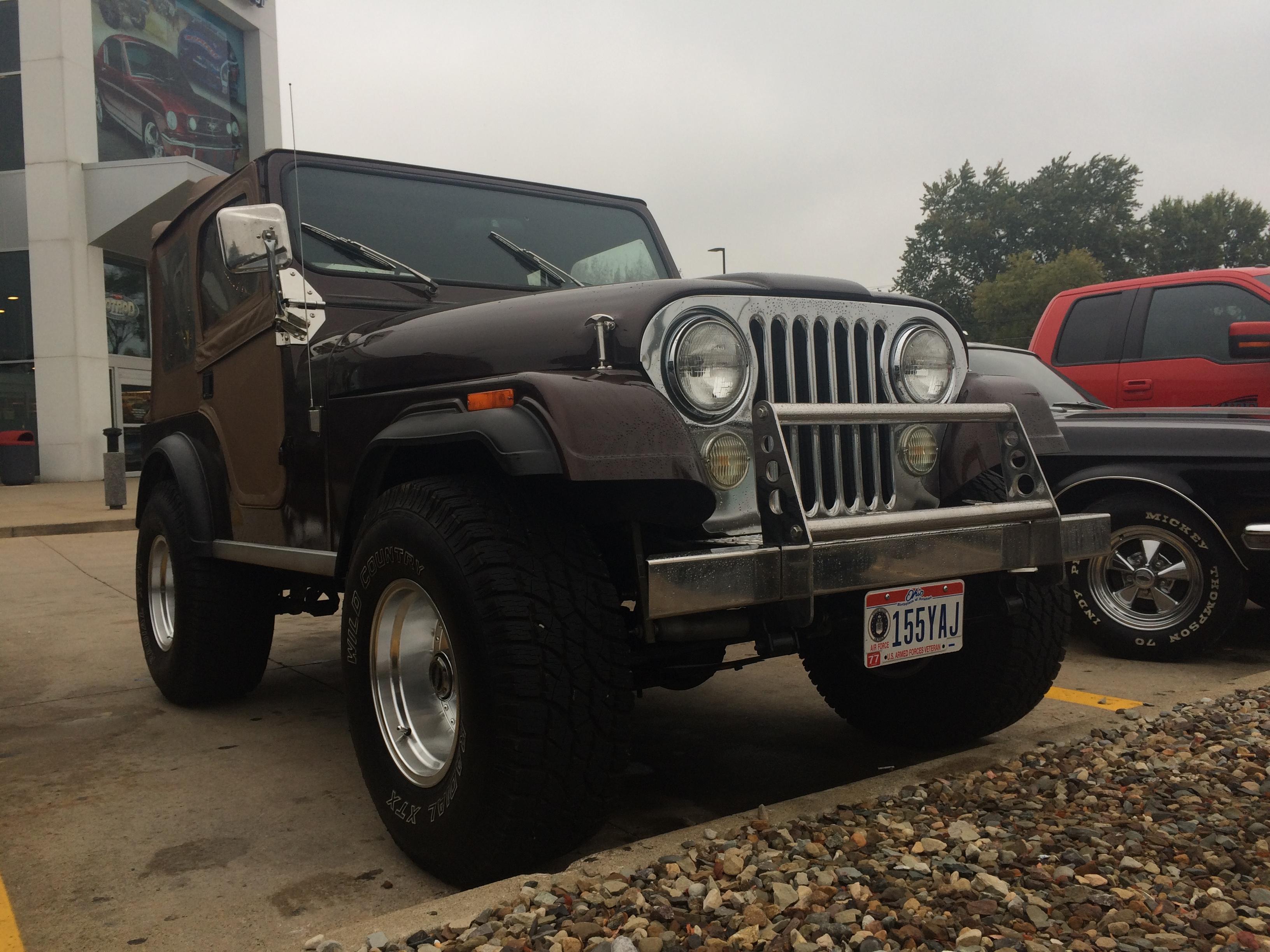 1977 Jeep CJ-5, Front