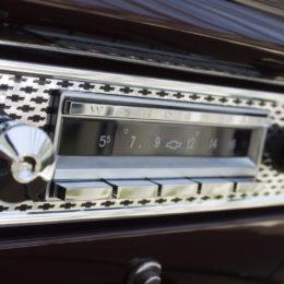 RetroSound Wonderbar Radio