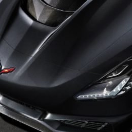 The hood has a cut out to allow for the bulge required by the new, larger supercharger. (Image/Chevrolet.com)
