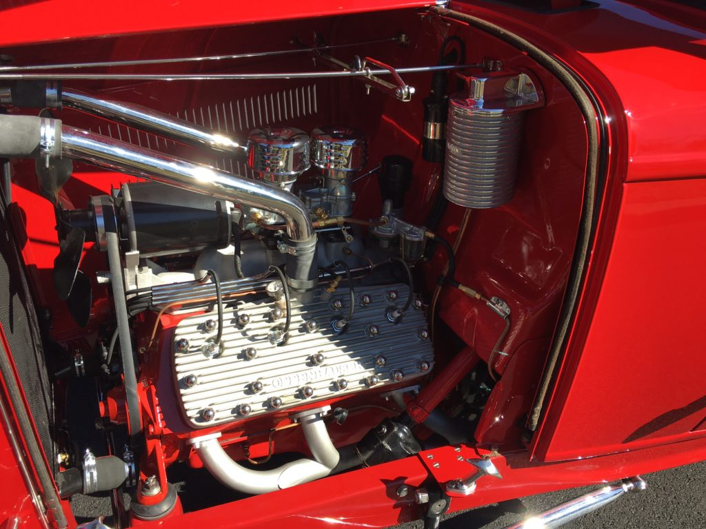 1932 Ford Roadster Flathead Engine