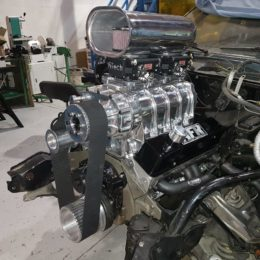 Here's the photo of D.W.'s in-progress engine build. (Image courtesy of Jeff Smith)