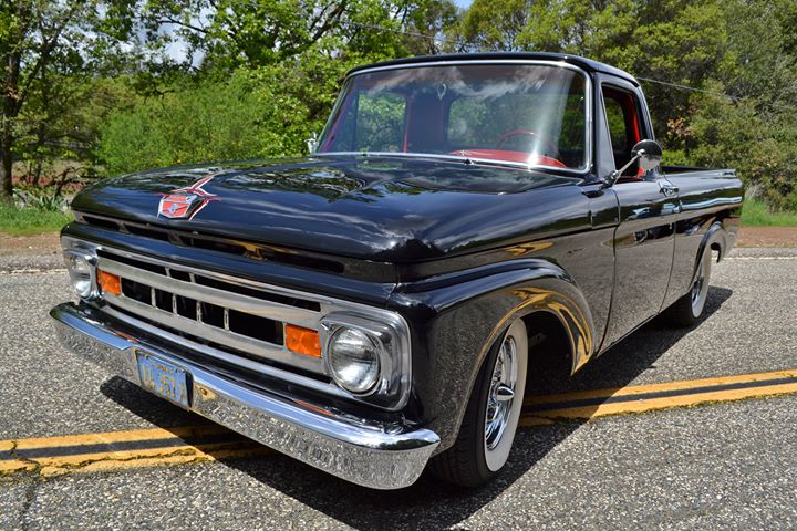 1961 Ford Truck Unibody, Front Driver Side