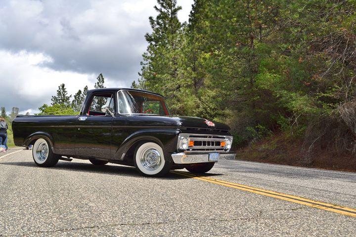 1961 Ford Truck Unibody, Front Passenger Side
