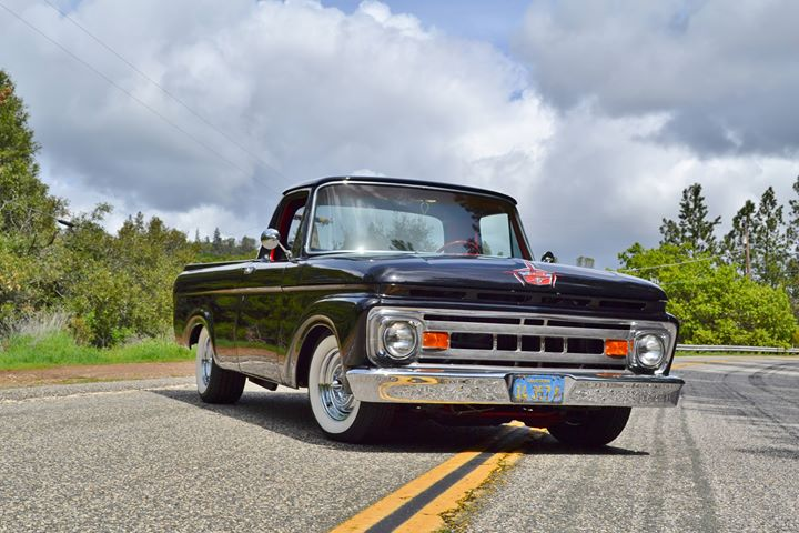 1961 Ford Truck Unibody, Front Grille