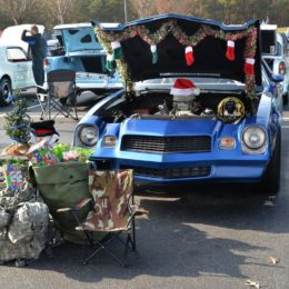 Photo Gallery: 2017 Toys for Tots Santa Cruise-In at Summit Racing in Georgia