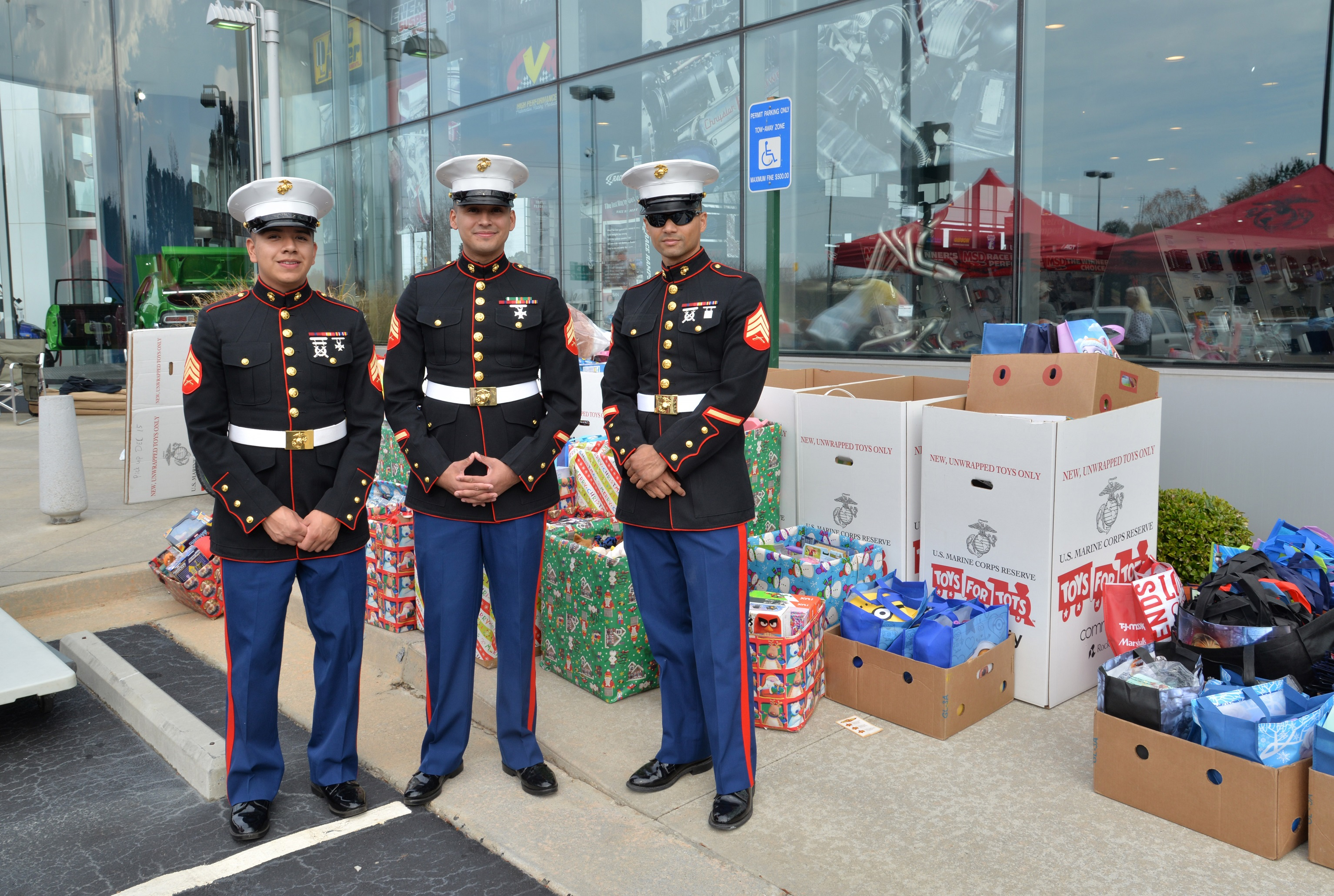 Toys for Tots Cruise In Marines