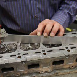 Video: How to Check Your Cylinder Head Surface for Flatness or Warping