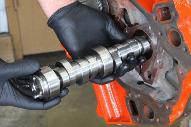 LQ9 engine rebuild camshaft