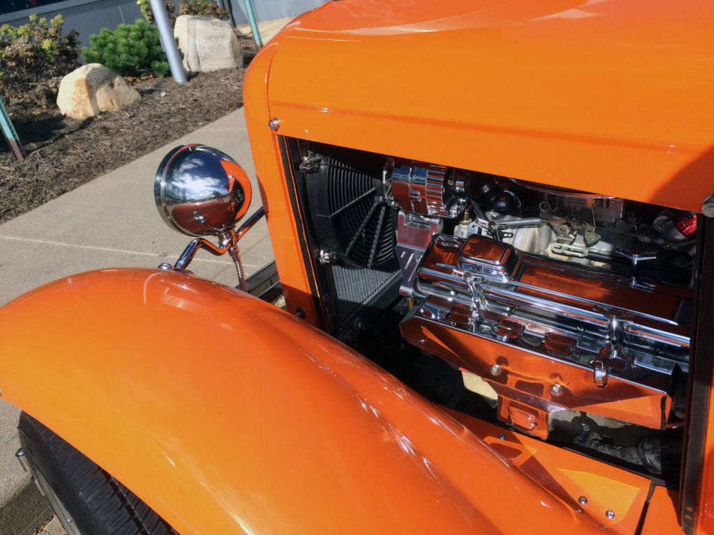 1931-Ford-Model-A-with-Chevy-350-Fender-and-Motor