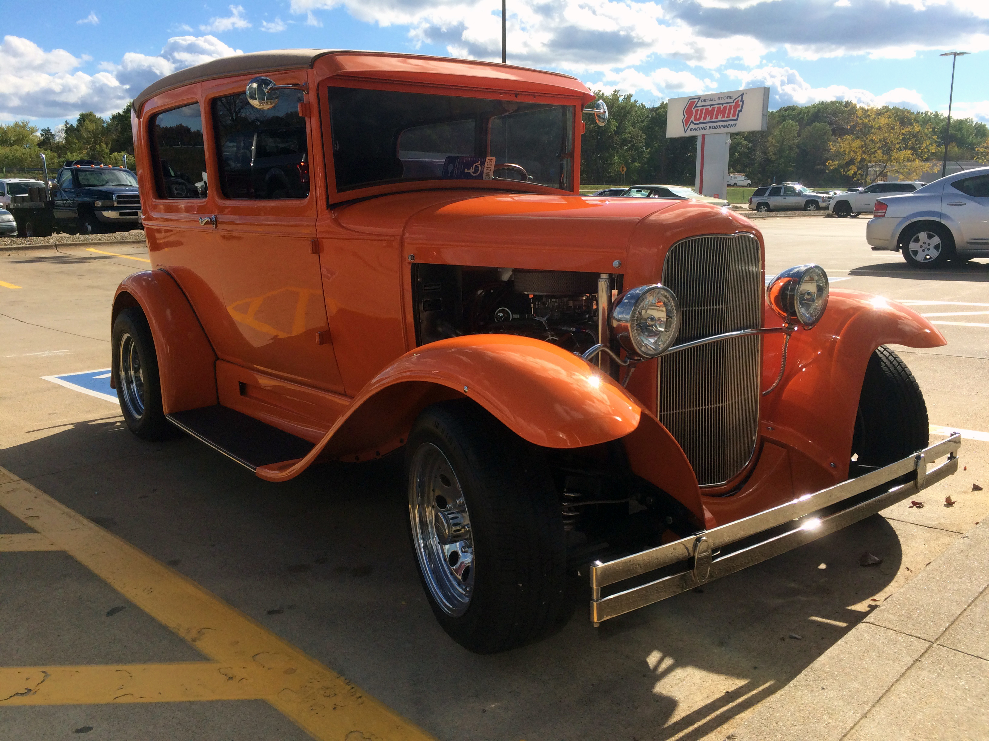 1931 ford model a with chevy 350 feature