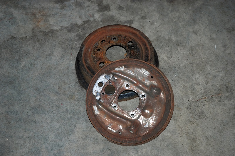 brake drum and backing plate for axle measurement