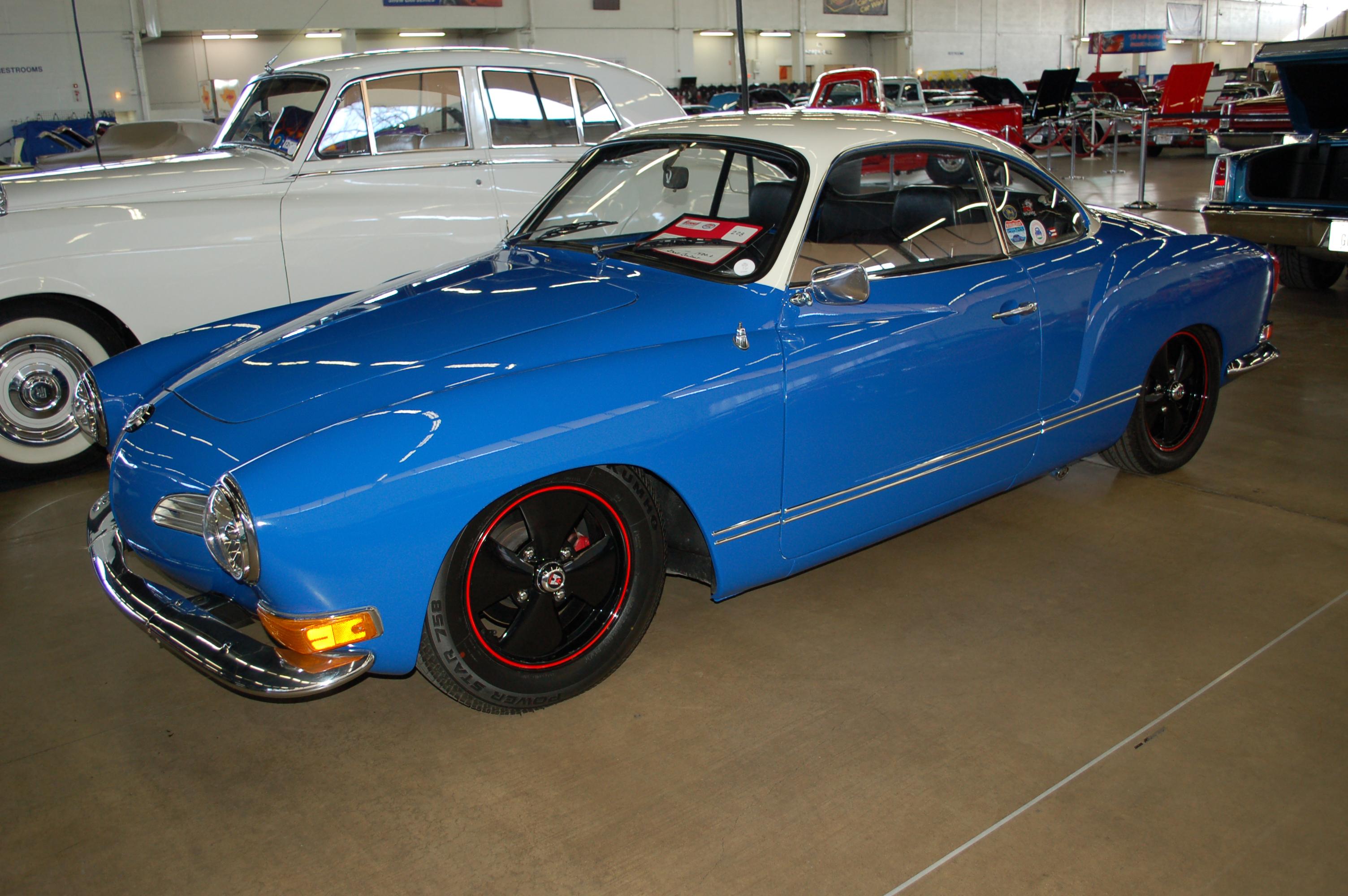 Dallas-AutoRama-VW-Karmann-Ghia