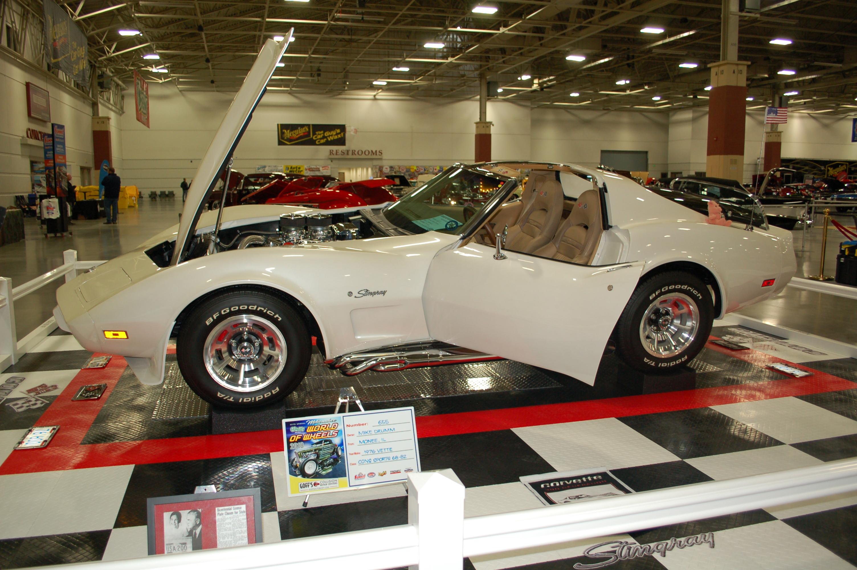 Photo Gallery Milwaukee World Of Wheels OnAllCylinders - Car show milwaukee 2018