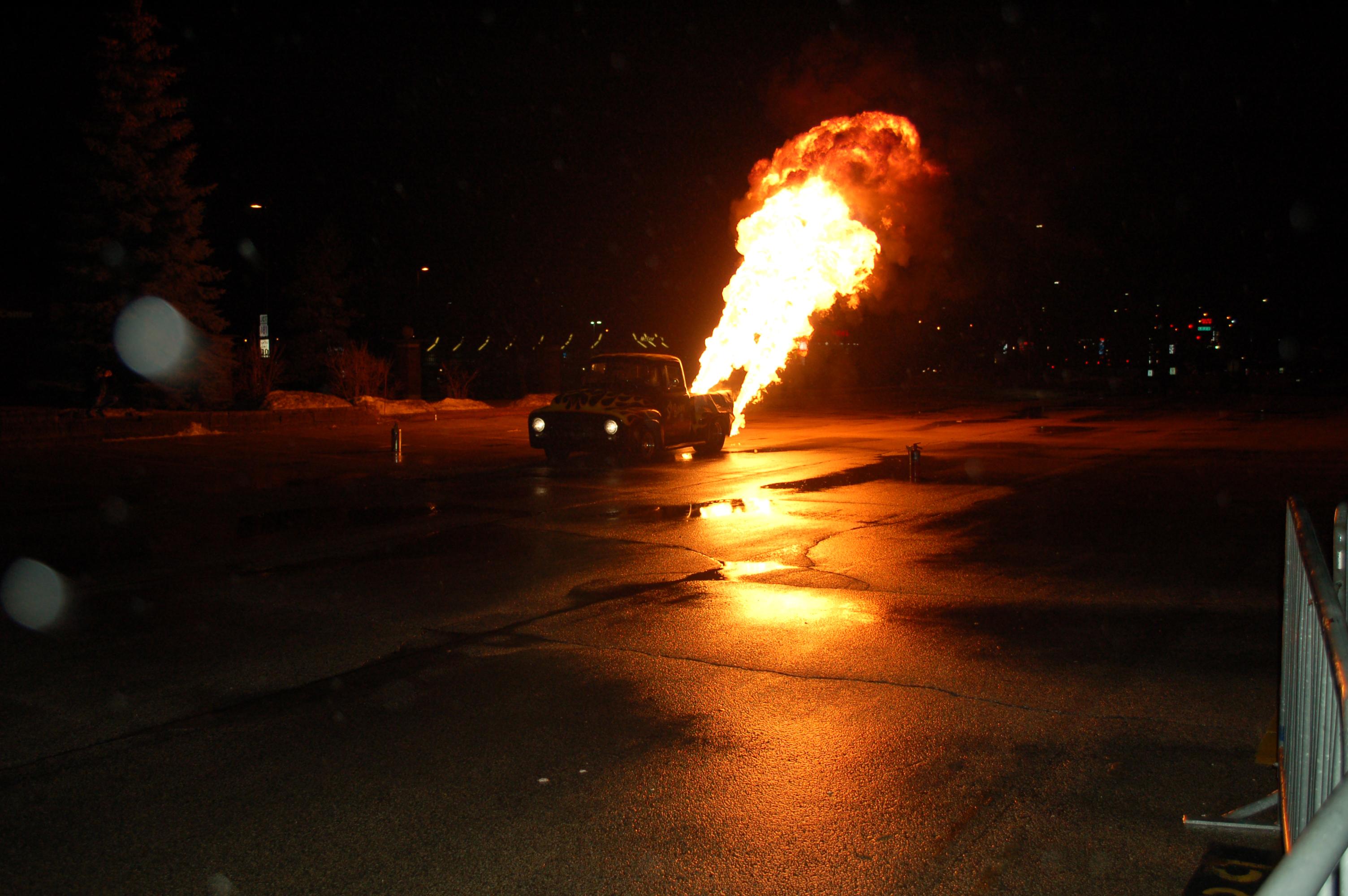Milwaukee-World-of-Wheels-Flame-Truck