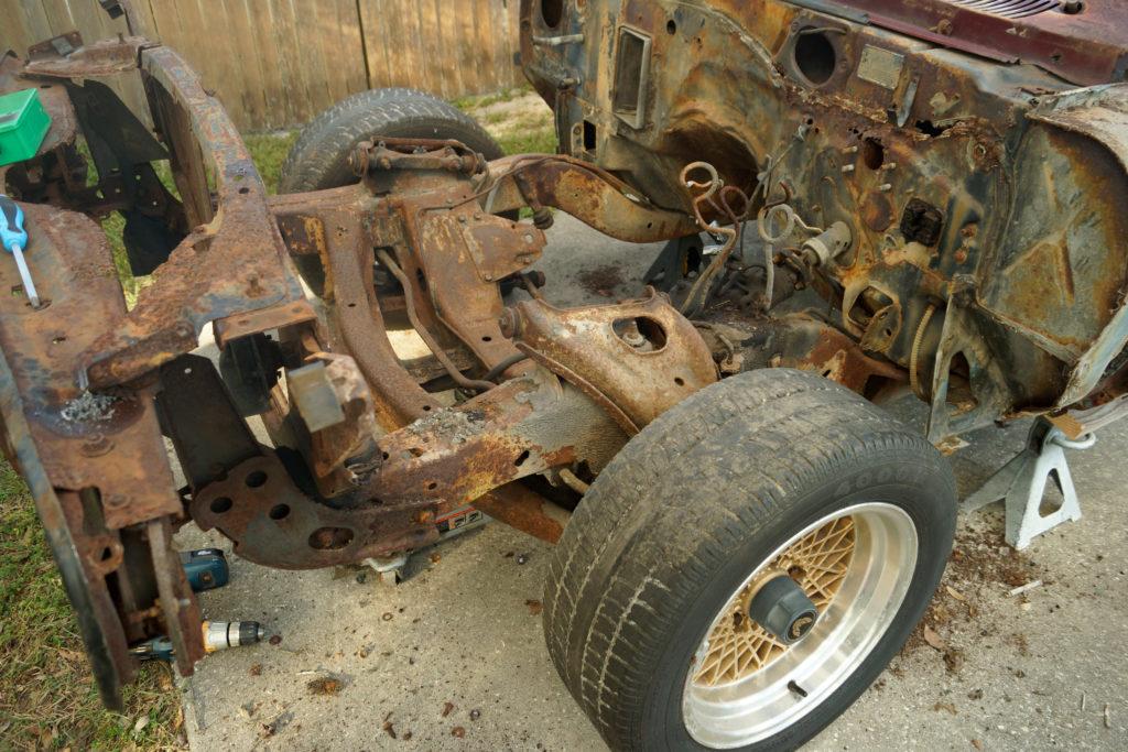Pontiac-Firebird-Restoration-02