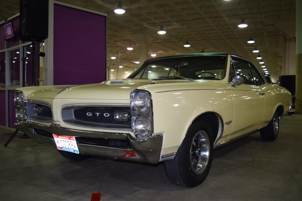 Piston-Powered-Auto-Rama-GTO