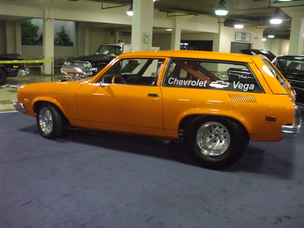 Piston-Powered-Auto-Rama-Vega-Drag-Car