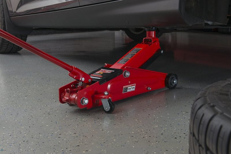 Video How To Maintain Or Fix A Floor Jack Air Bleeding