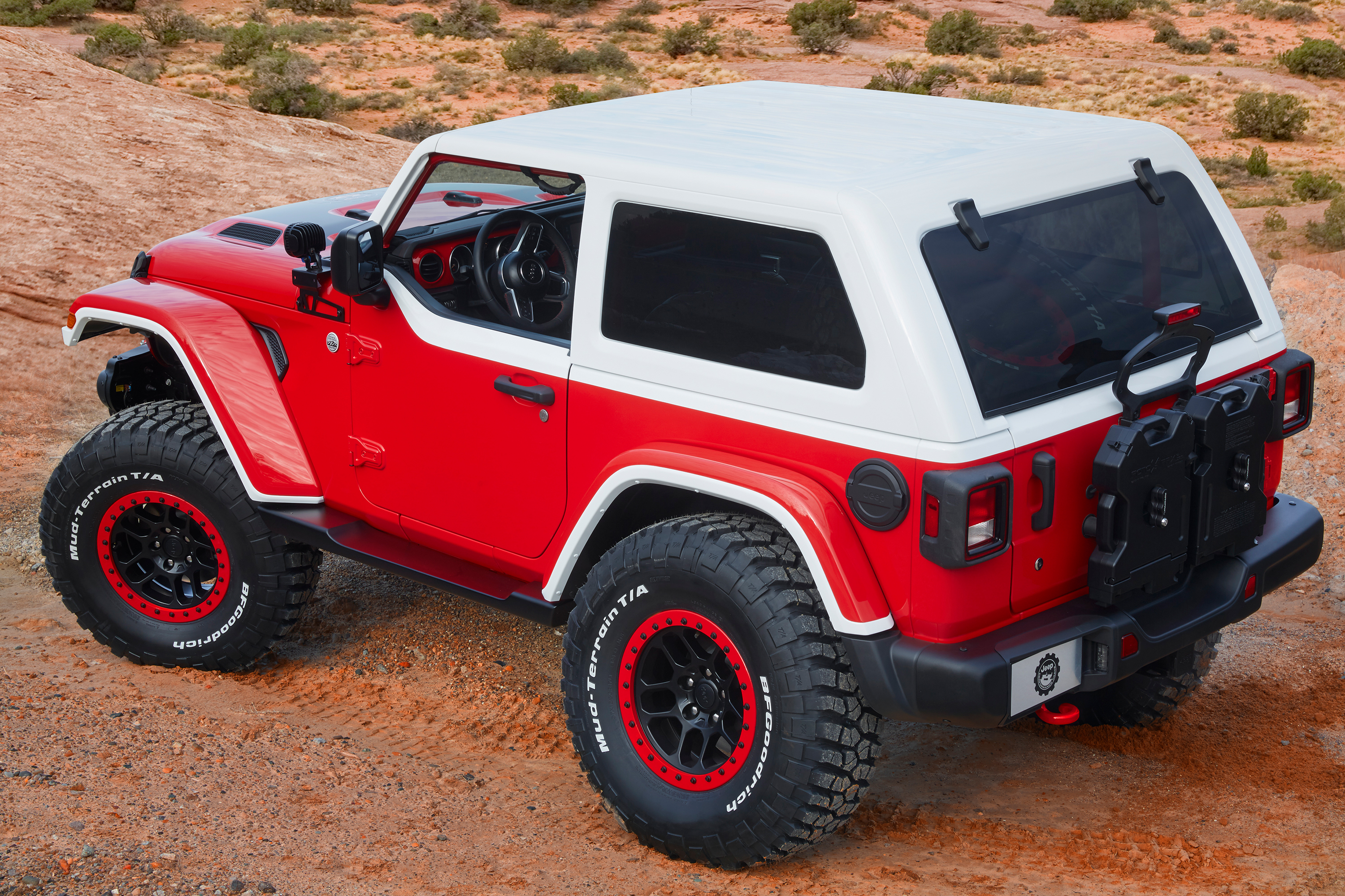 jeep brings new concept vehicles to easter jeep safari onallcylinders. Black Bedroom Furniture Sets. Home Design Ideas