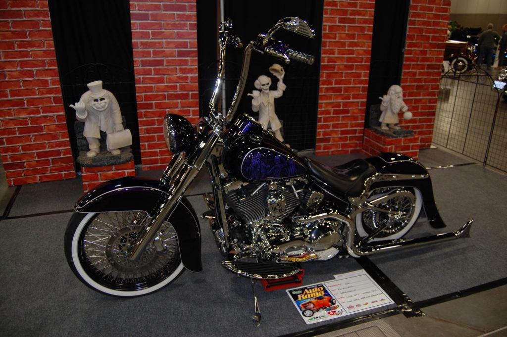 SLC-Car-Show-Custom-V-Twin-Motorcycle