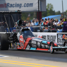 Megan-Meyer,-Top-Alcohol-Dragster