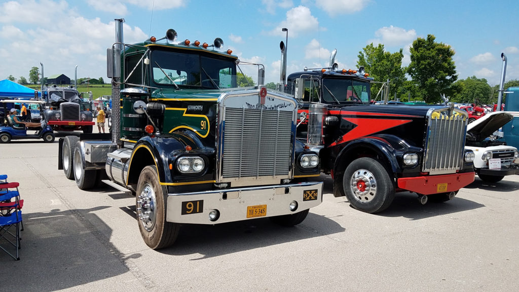 Pair-of-old-semi-trucks