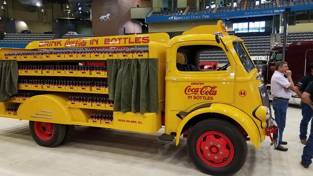classic-coca-cola-display-truck