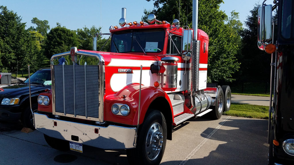 classic-red-and-white-kenworth-semi-truck